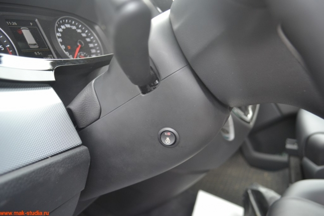 Универсальная кнопка вкл.обогрева руля