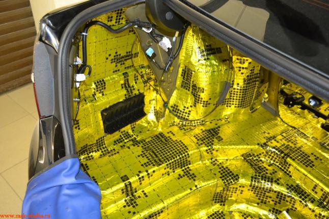 шумоизоляция багажника 1 слой