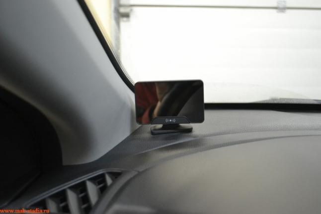 чёткий LCD-дисплей