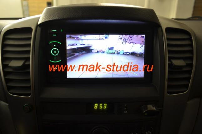 Штатное головное устройство Kia Sorento - режим задней камеры