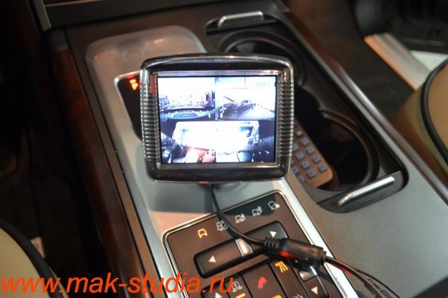 Видеорегистратор Intro sdr-g40: изображение с 4 камер одновременно