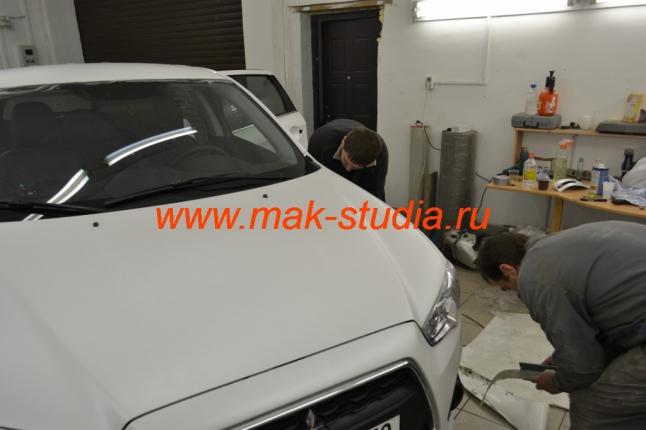 Оклейка автомобиля плёнкой