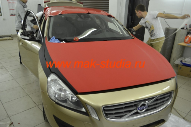Оклейка автомобиля плёнкой - начинает проявляться образ нового авто