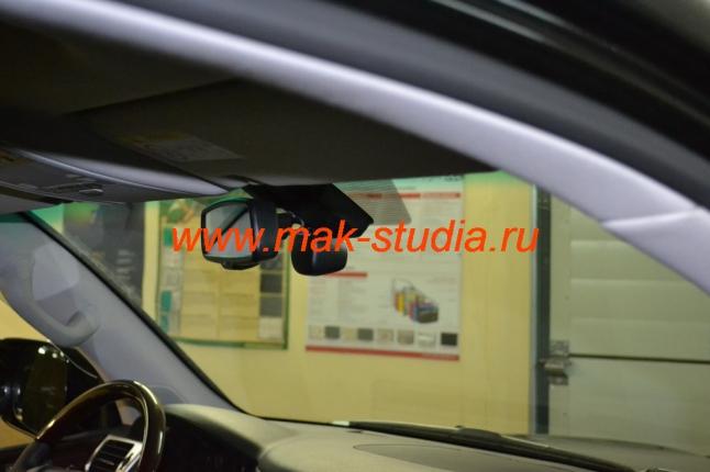 Автомобильный видеорегистратор: салон до установки.