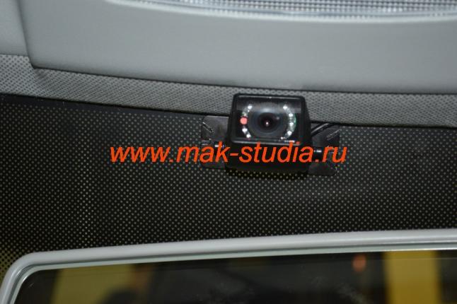 Салонная камера с ИК подсветкой.