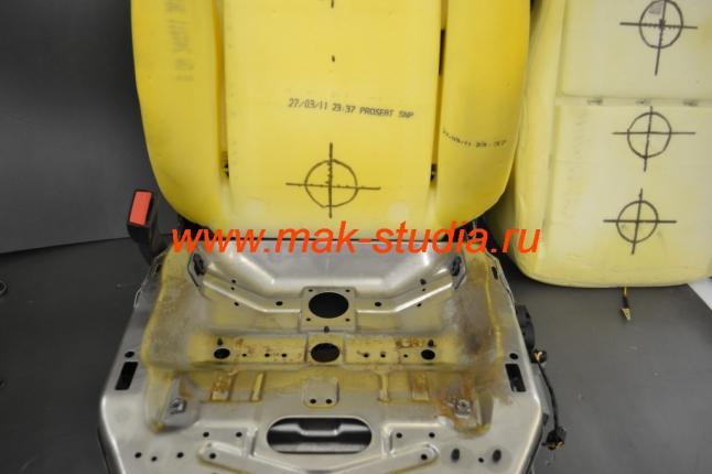Вентиляция сидений (разметка под установку вентиляторов - располагаем вентиляторы напротив штатных отверстий в каркасе сидений)