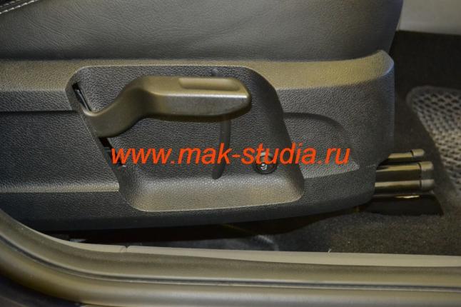 Вентиляция сидений - кнопка включения вентиляции пассажирского сиденья