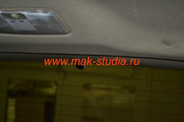 Скрытая установка видеорегистратора - задняя камера