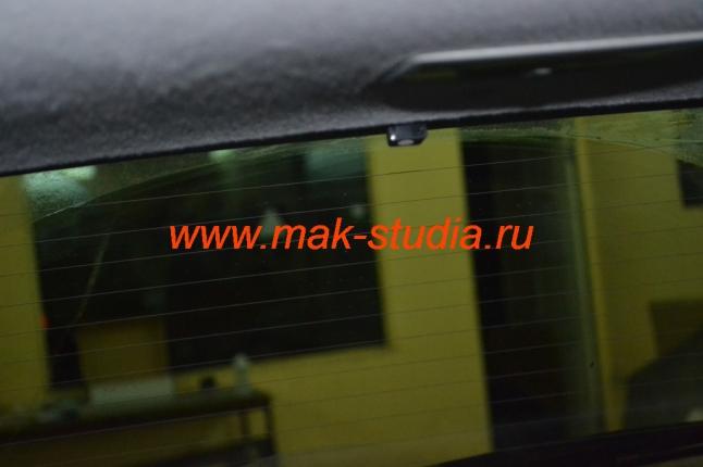 Скрытая установка видеорегистратора - задняя камера установлена.
