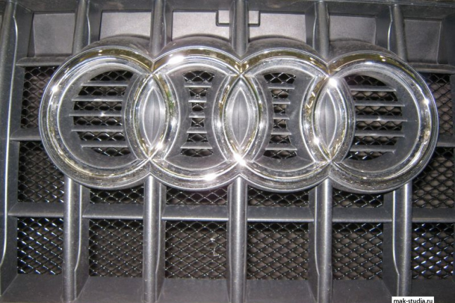 Стильная защитная сетка радиатора отлично дополнила 4 кольца