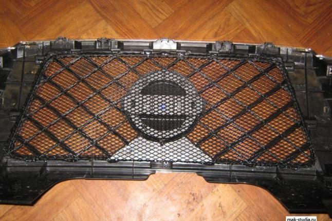 Защита верхней решётки радиатора