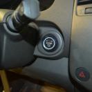 кнопка старт-стоп идеально встала на место штатного замка зажигания