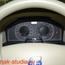 Камера заднего вида на Вольво - монитор в сложенном виде совершенно не заметен