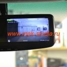 Зеркало со встроенным видеорегистратором: можно включить заднюю камеру