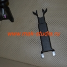 Установка видеорегистратора: штатная ножка защиты проводов