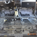 Шумоизоляция автомобиля - пол тоже практически пустой